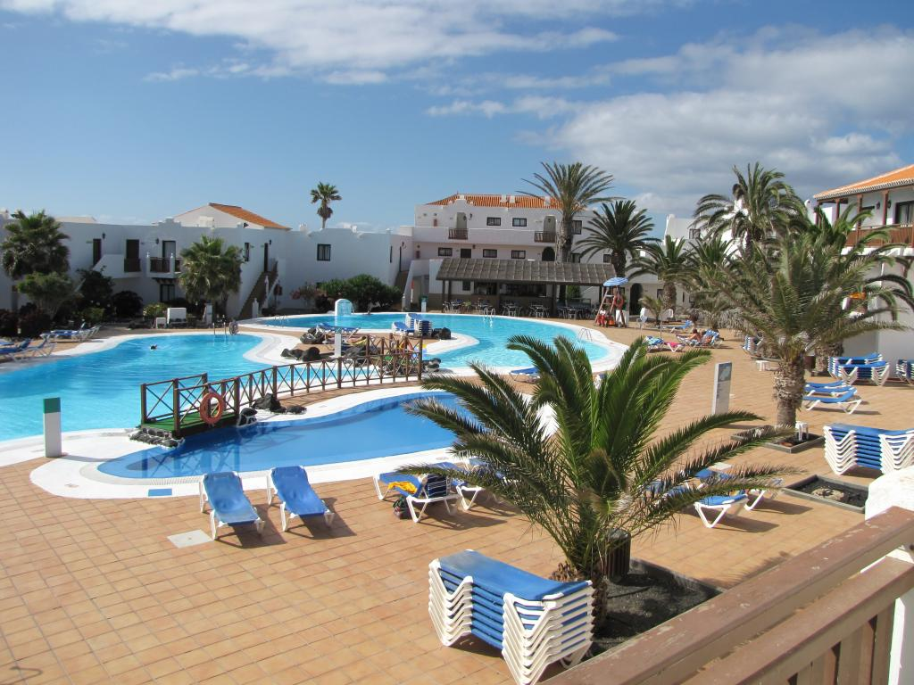 Bristol playa appartamenti economici a corralejo - Piscina laghetto playa prezzo ...